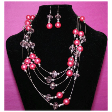 5 Strand Bead Set in Cerise