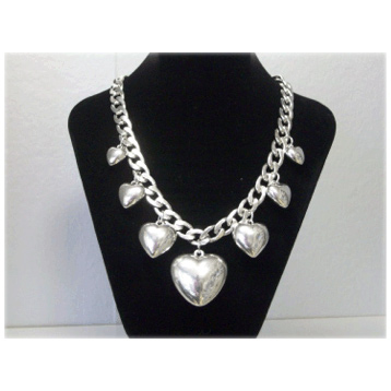 Flat Chain Heart Necklace